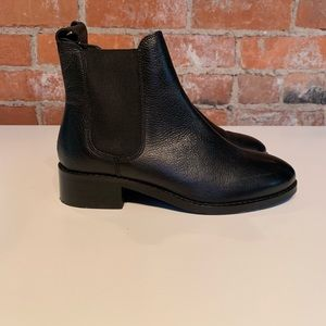 ASOS Chelsea boot women's size 5